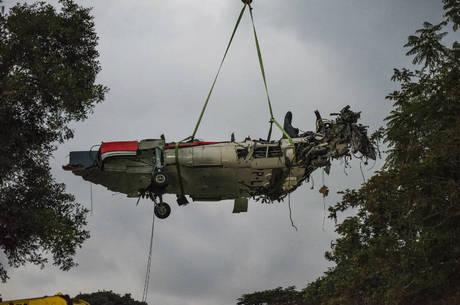 Destroços de avião