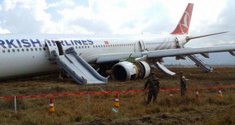 danos na aeronave