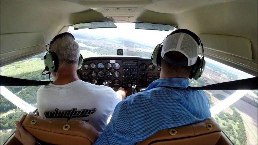 Instrução de voo